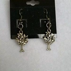 NWT Bronze tree hook earrings